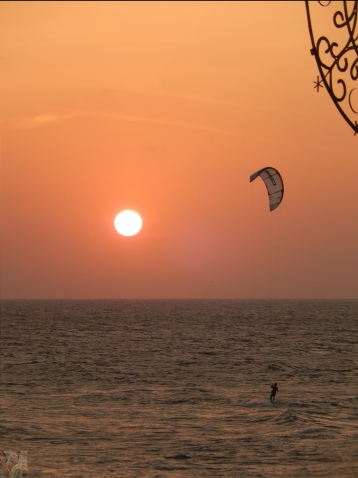 Pôr do Sol visto do Café del Mar
