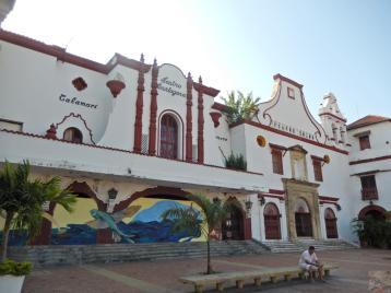 Teatro Cartagena e Teatro Colón